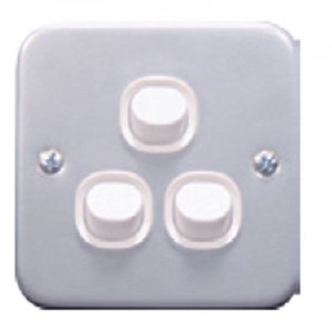 10A 250V 3 Gang 1 Way Switch