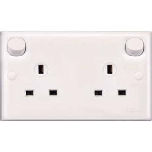 13A 3 Pin Flat Duplex Switched Socket (Clean Earth)