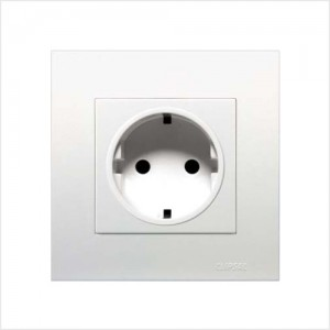 16A 2 Pin + Earth Schuko Socket