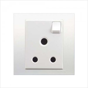 15A 3 Pin Round Switched Socket